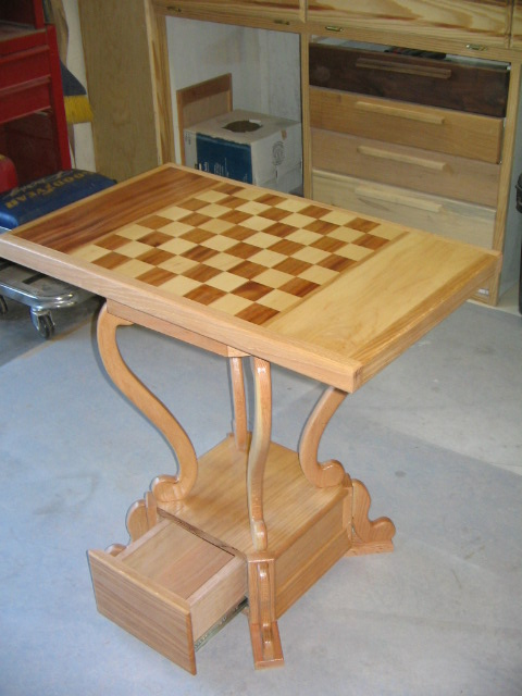 Hard Maple Mahogany Chess Table