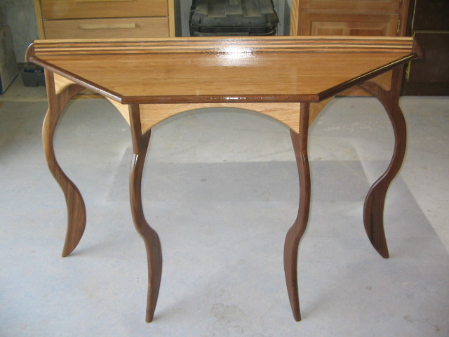 Red Oak / Black Walnut sofa table